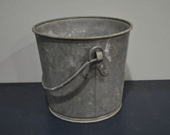 Heavy Duty 4 Gallon Galvanized Vintage Bucket