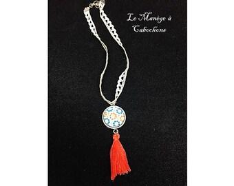 "Crew neck lace Medallion ""flowers"" link, glass cabochon"