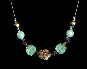 Essential Oil Diffusing Green Necklace