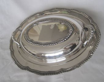 """Magnificent American Silverplate Covered Vegetable Server in """"Kings Court"""" Pattern"""