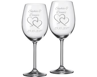 """2 Leonardo wine glasses with personalized engraving """"Two Hearts"""" bride/Groom with name and date engraved wedding gift"""