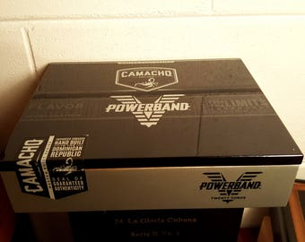 Camacho powerband empty wooden hinged cigar box glossy look and feel to it in great condition