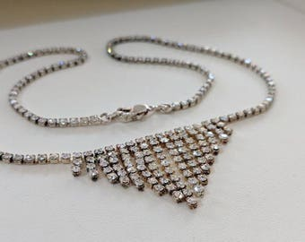 Stunning Vintage Rhinestone Necklace and Earings set