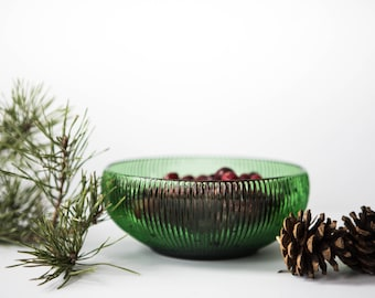 Vintage 1960's Ribbed Green Glass Bowl // Vintage E.O. Brody Co Bowl // Holiday Serving Bowl // Depression Glass Medium Bowl