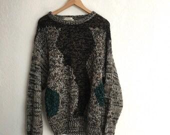 Vintage Sweater • Size M/L