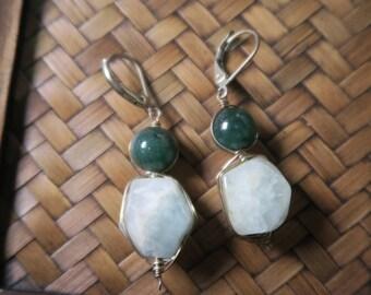 Green snowman earrings