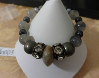 Grey to Griege Beaded Bracelet and Earrings