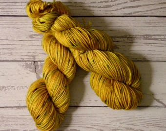 Worsted Weight, Hand Dyed, Superwash Merino Wool, 100 Grams, Indie Dyed, Variegated, Ready to Ship