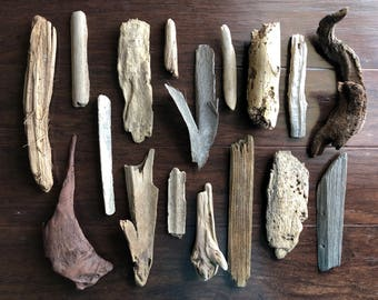 Natural Drift Wood - 17 Pieces - Craft/Project Wood