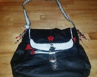 shoulder bag, hippy bag, hobo bag, purse