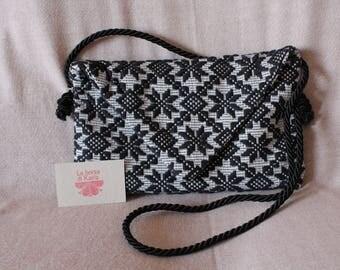 Black and white handbag in Sardinian fabric