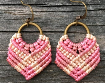 Micro-Macrame Dangle Earrings - Pink and Cream