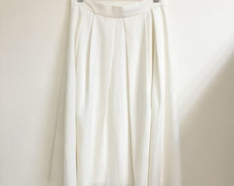 Vintage midi white skirt