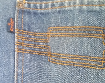 1970s Levis Moving On Straight Leg Jeans Size 32 Waist
