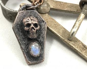 Memento - Tiny Copper Coffin With Rainbow Moonstone
