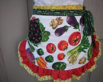 Womens Aprons - Farmers Market Aprons - Veggie Aprons - Fruit Stand Aprons - Waist Apron - Hostess Gifts - Annies Attic Aprons - Etsy Aprons