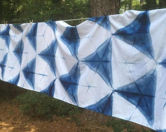 Bold Blue and White Triangles Banner