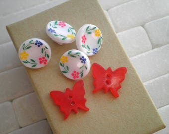 Vintage Flowers & Red Butterflies Button Destash - Retro Butterfly Garden Floral Buttons - Plastic Flower + Insect Sewing / Craft Supply Lot