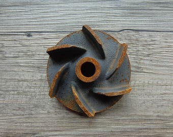 "Vintage Industrial Rusty Salvage Cast Iron Impeller Gear Part Repurpose Steampunk Metal Craft 4"" Diameter #2"