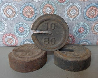 Lot of 3 Vintage Cast Iron Scale Weights 10/80 1-1/2 Pounds Each Salvage Repurpose
