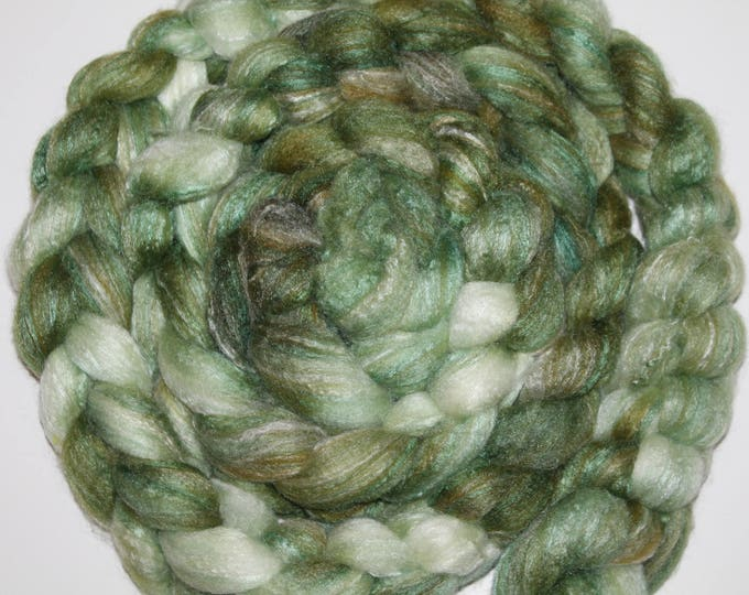Kettle Dyed Merino /Bamboo/Silk top. Roving. Spin. Super Soft. 4oz