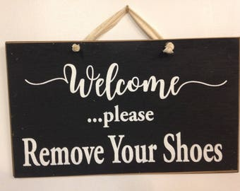 WELCOME Please remove your shoes sign wood porch foyer decor bare feet door hanger