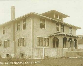 vintage photo 1913 RPPC Fraternity Original House UofO Phi Delta Gamma Eugene Oregon RPPC