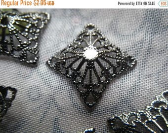 SALE 20% Off Dapped Square Antiqued Gumetal Filigree 16mm Components 12 Pcs