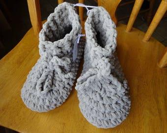 Crochet Light Grey Bulky Blanket Yarn Boot Style Slippers, Ladies Size Medium