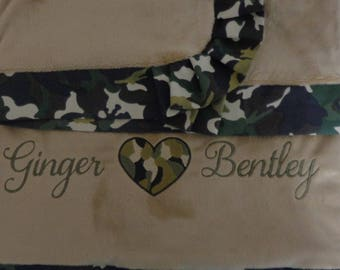 Camo Blanket - Blanket with Pleated Border - I Love Camo