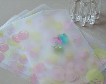 25pcs Beautiful Frosted Translucent  Colorful Bubbles Gift bags(12cm x 20cm)