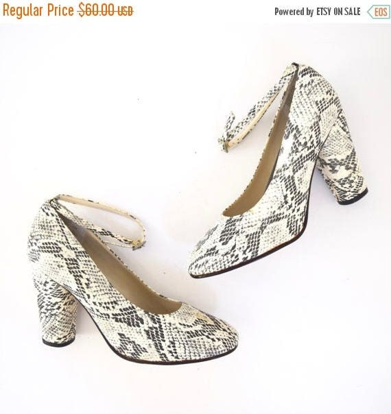 SUMMER SALE / 20% off Vintage 90s does 60s Black and White Faux Snakeskin Ankle Strap Pumps (size 7)