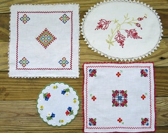 Vintage Embroidered Linen Lot, 4 ... Red Embroidery ... Square, Oval, Round Table Linens ... Doily Craft Supplies