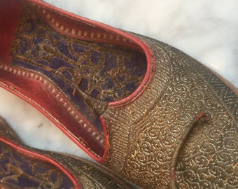 Curly Toe Indian Shoes