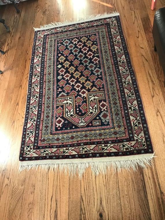 Hand Woven Antique Arabic Rug or Oriental Persian Carpet (102cm x 152cm)
