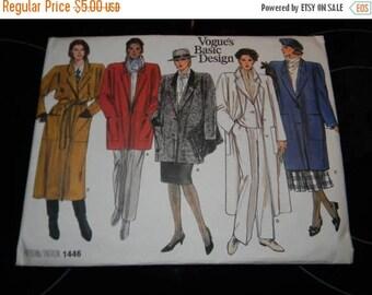 Christmas in July Vintage Vogue Misses Coat Pattern # 1446 Uncut Sizes 14 thru 16