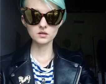 Vintage tortoise shell sunglasses, loghtning bolt sunglasses, rock, punk, punk rock, sunglasses, punk glasses