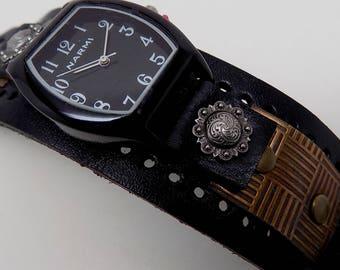 Steampunk watch.Women watch. Quartz watch.Leather cuff watch.
