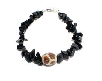 Mystic Dzi bead and black onyx chip stone beaded stacking bracelet
