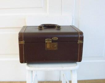 Vintage Train Case, Brown Train Case, Brown Case, Vintage Suitcase, Vintage Luggage, Vintage Traincase, Retro Train Case