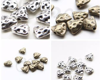 30pcs Oxidized Silver Tone Antique Brass Tone Base Metal Spacer - Textured Triangle 9.7x9.3mm (9482Y)(G-331)(G-332)