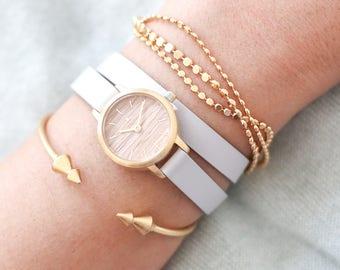 22 mm Watch in Oak and Light Grey, Small Women's Wrist Watch, Wooden Wrist Watch, Leather Strap, Bracelet Watch, Leather Band Watch