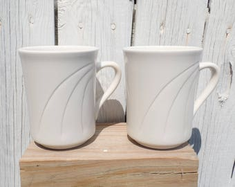Vintage Syracuse China Two Coffee Mugs in Off White Color - Retro Style
