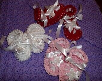 6-9 months Beaded Baby Crochet Booties Sandals for Baby Girl or Baby Boy custom orders, Photo prop