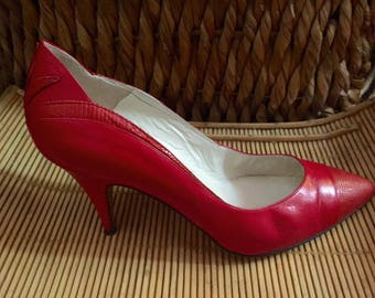 eb1c133dd5f Versani Snakeskin Pumps - red leather pumps - vintage designer shoes - made  in Italy -
