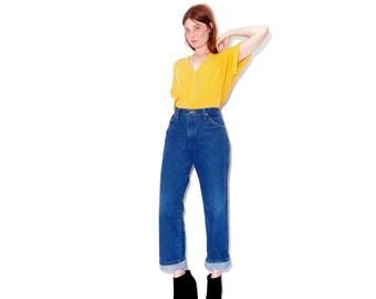 amazing VINTAGE WRANGLER JEANS / vintage wranglers boyfriend jeans high waisted jeans vintage jeans mom jeans distressed jeans ripped jeans