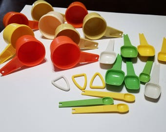 Vintage Tupperware You Pick 1 or All  Measuring Spoon  and Cups Baking Cooking Gadgets