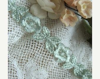 ONSALE 2 yards of Mint Green Luxurious Vintage Venice Lace Trim