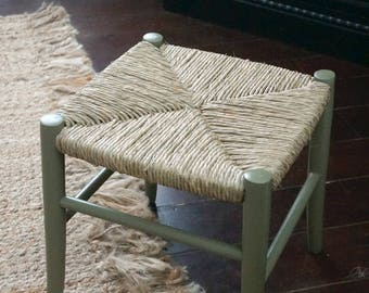 Restored vintage natural rush stool, small stool, vanity stool, rush seat