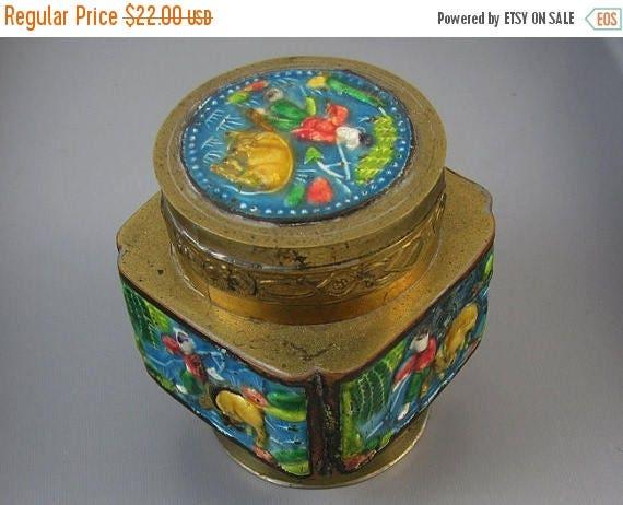 Christmas in July Sale Vintage brass enamel Chinese / made in China / opium / tea / lidded jar / trinket box / jar / shabby chic / vintage /